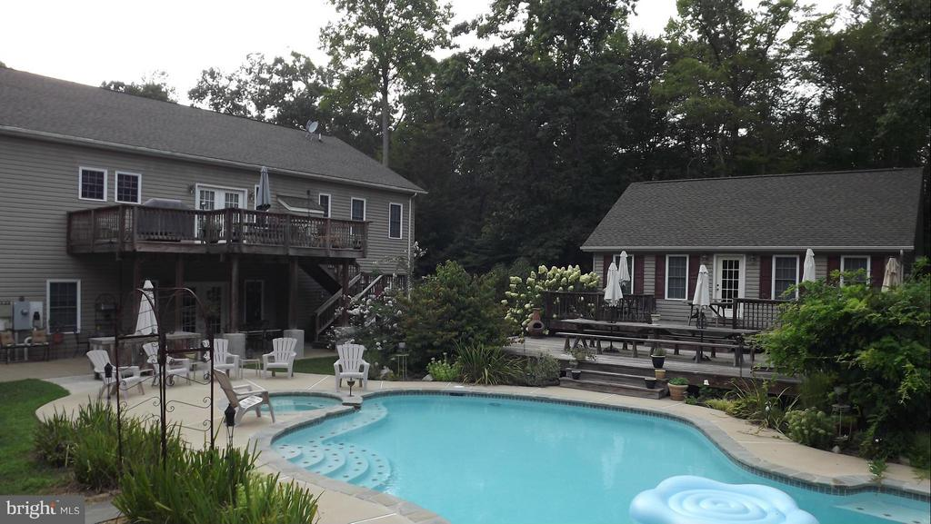 What a view, offering beauty and privacy. - 254 SPOTTED TAVERN RD, FREDERICKSBURG
