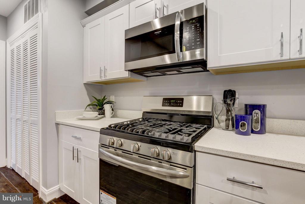 Kitchen - 1725 TRINIDAD AVE NE #2, WASHINGTON