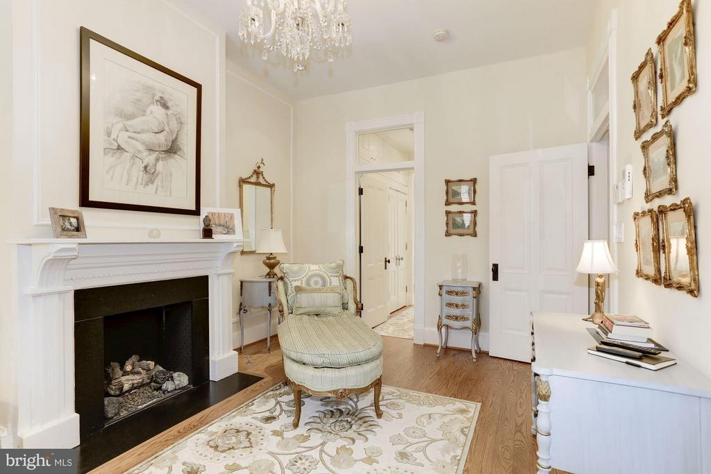 Bedroom (Master) - 2022 N ST NW, WASHINGTON