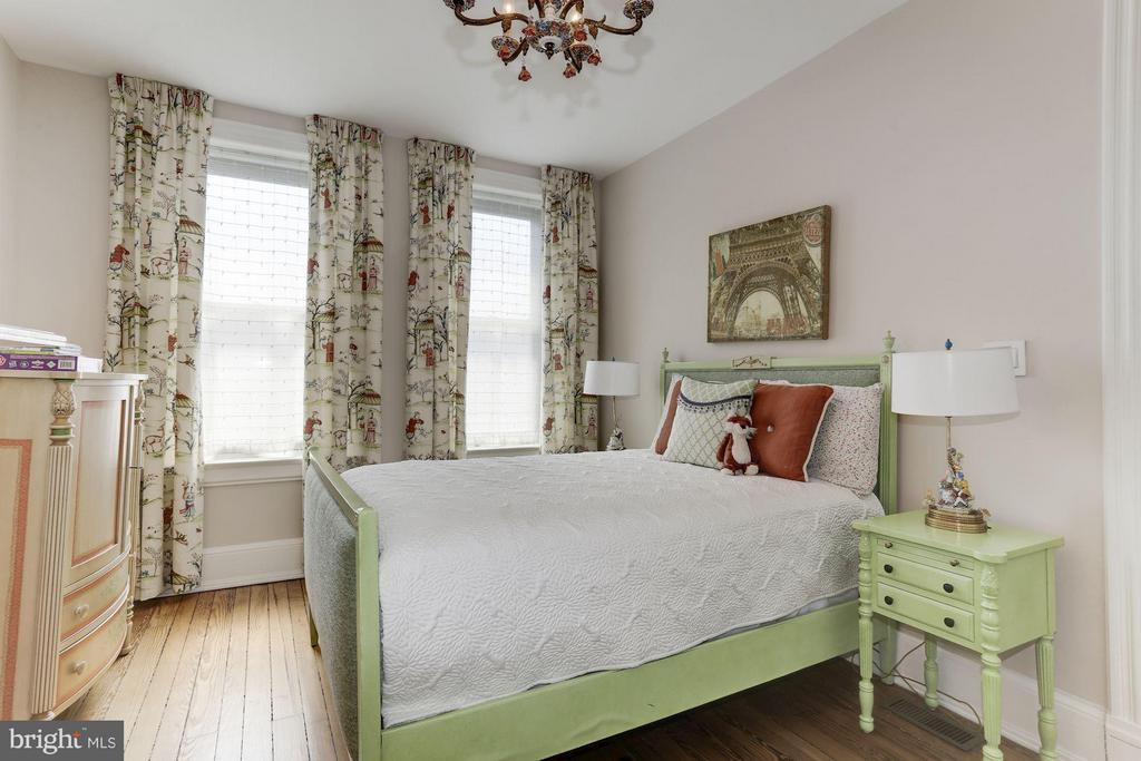 Bedroom - 2022 N ST NW, WASHINGTON