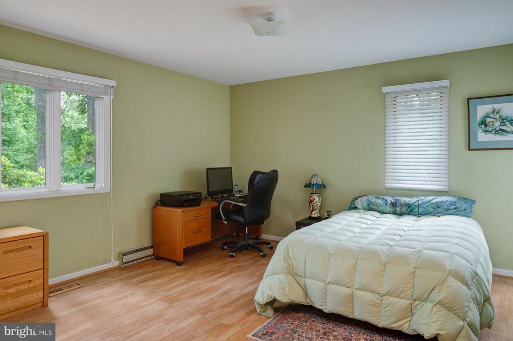 Main level Bedroom - 39367 SADDLERIDGE LN, ALDIE