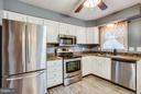 Beautiful appliances - 103 ERIN DR, STAFFORD
