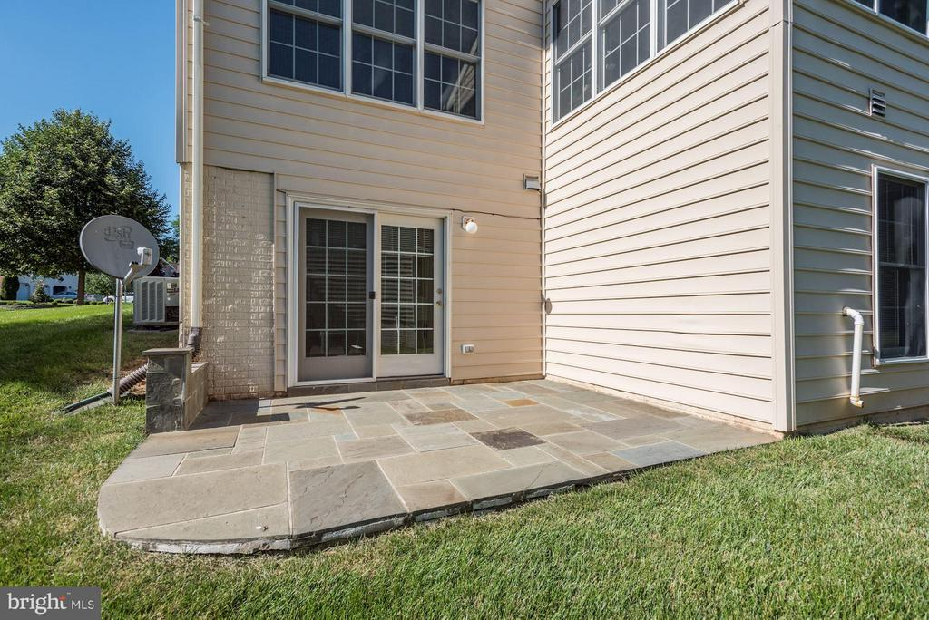 Exterior (Rear) Custom Patio from Lower Level - 47423 RIVER OAKS DR, STERLING