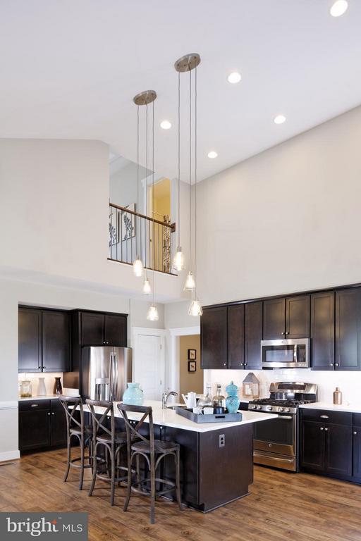 Kitchen - 10408 GOLDEN ASTER CT, BRISTOW