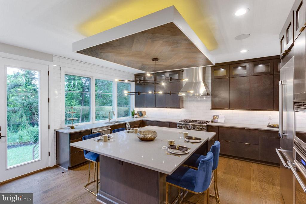 Kitchen - 6404 19TH ST N, ARLINGTON