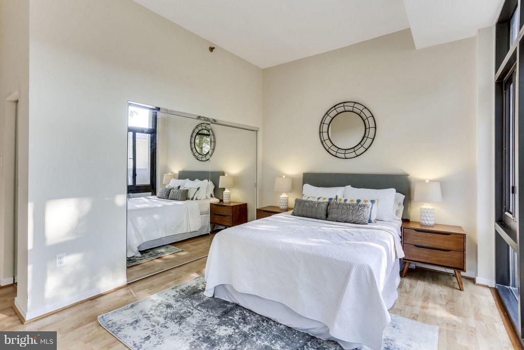 Bedroom (Master) - 1530 KEY BLVD #110, ARLINGTON