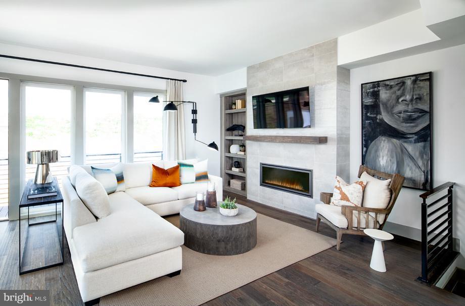 Living Room - 160 IKE DR, ALEXANDRIA