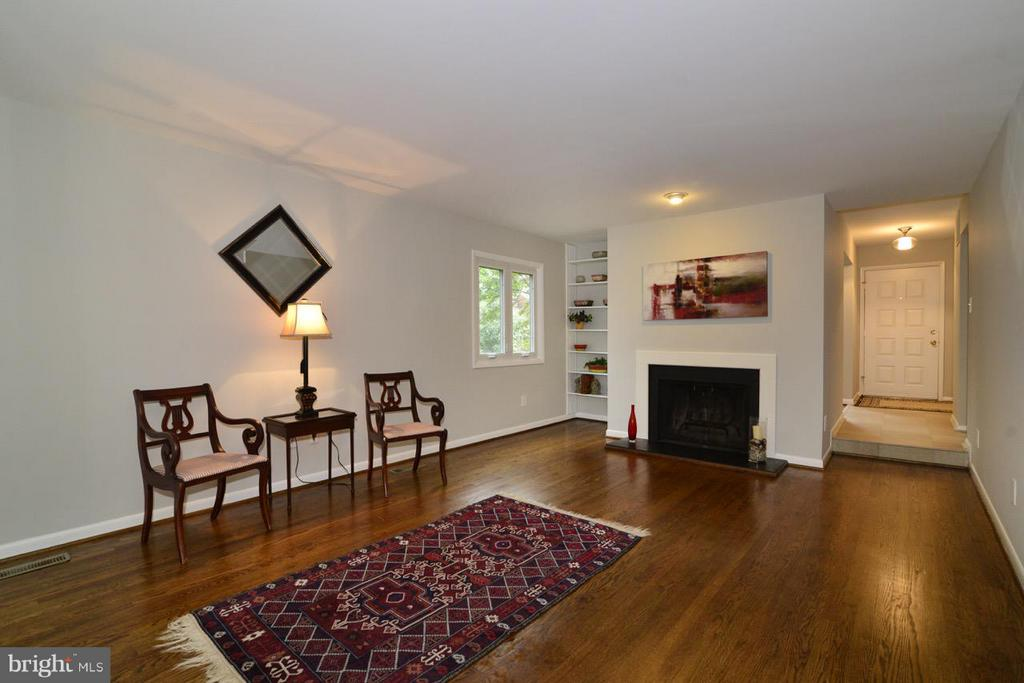 Living Room - 2259 CEDAR COVE CT, RESTON