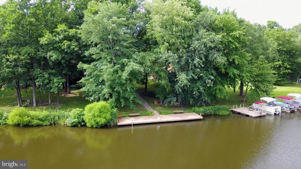 Community Dock - 2259 CEDAR COVE CT, RESTON