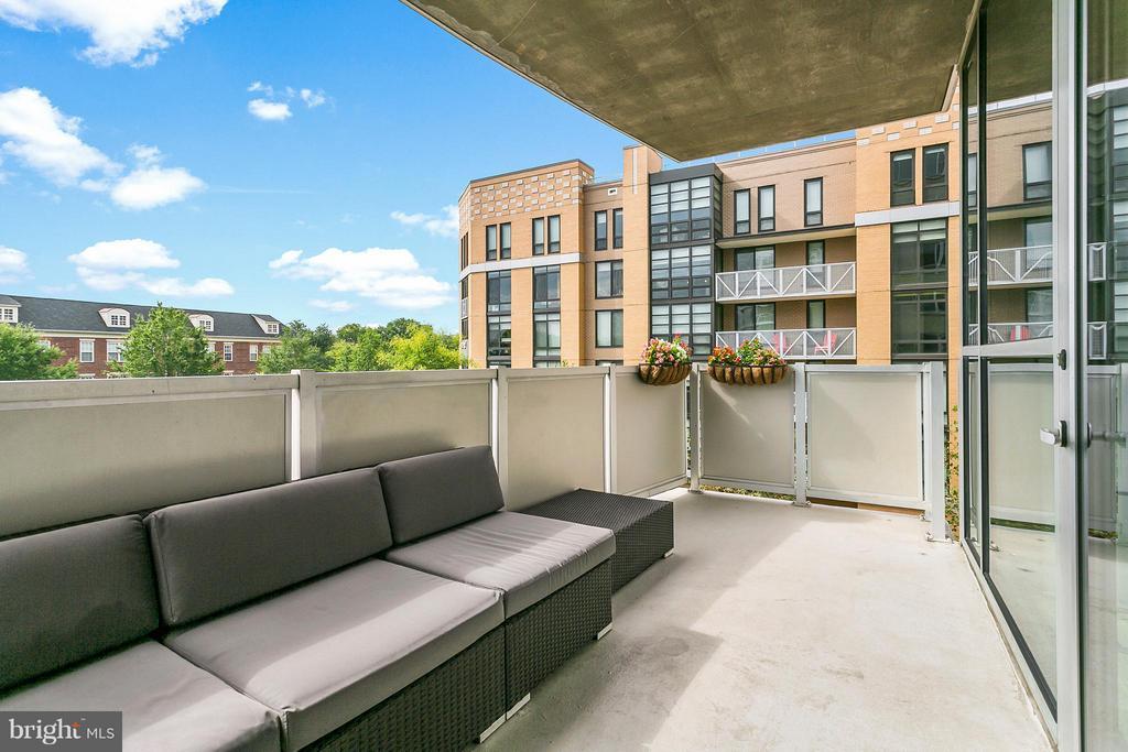 Private Balcony - 3409 WILSON BLVD #309, ARLINGTON