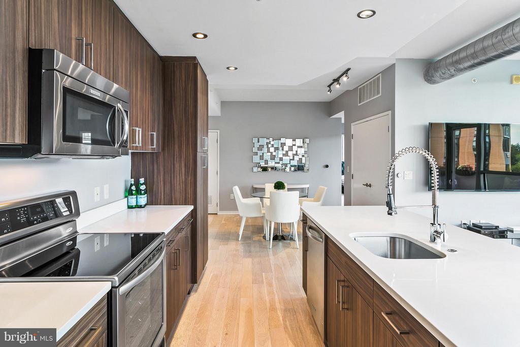 Kitchen - 3409 WILSON BLVD #309, ARLINGTON