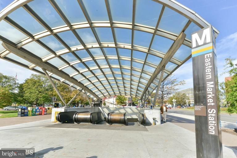 Eastern Market Metro close by - 516 A ST NE #203, WASHINGTON
