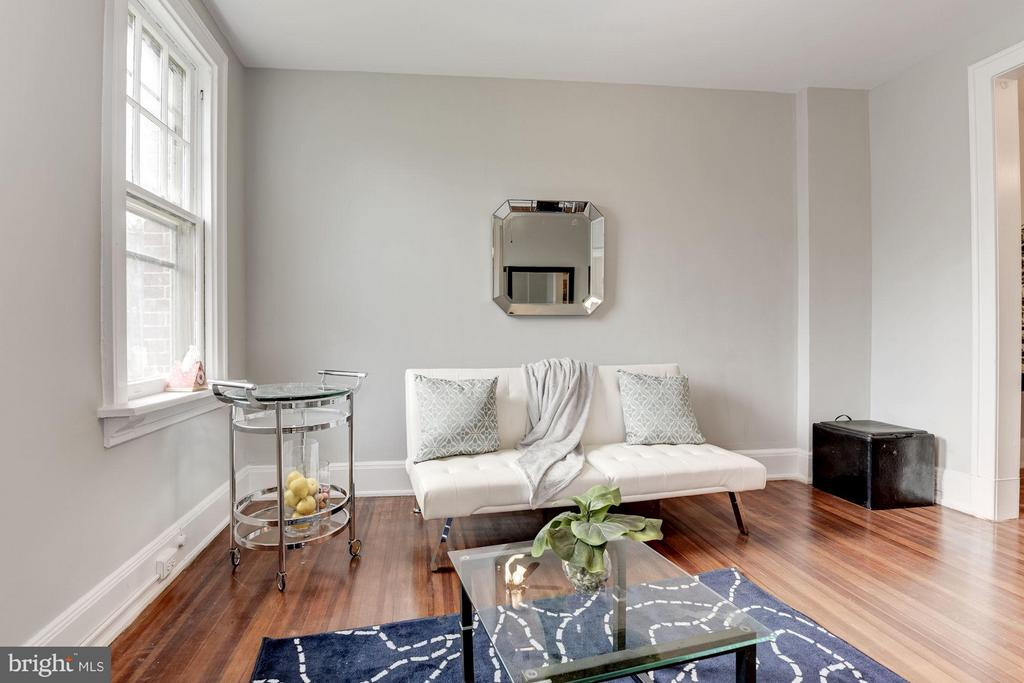 Living Room - 516 A ST NE #203, WASHINGTON