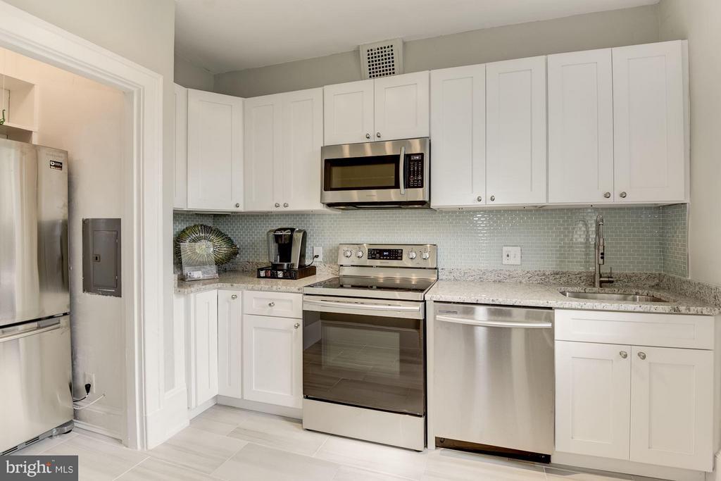 Kitchen - 516 A ST NE #203, WASHINGTON