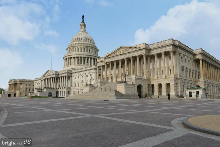 Steps to Capitol Hill - 516 A ST NE #203, WASHINGTON