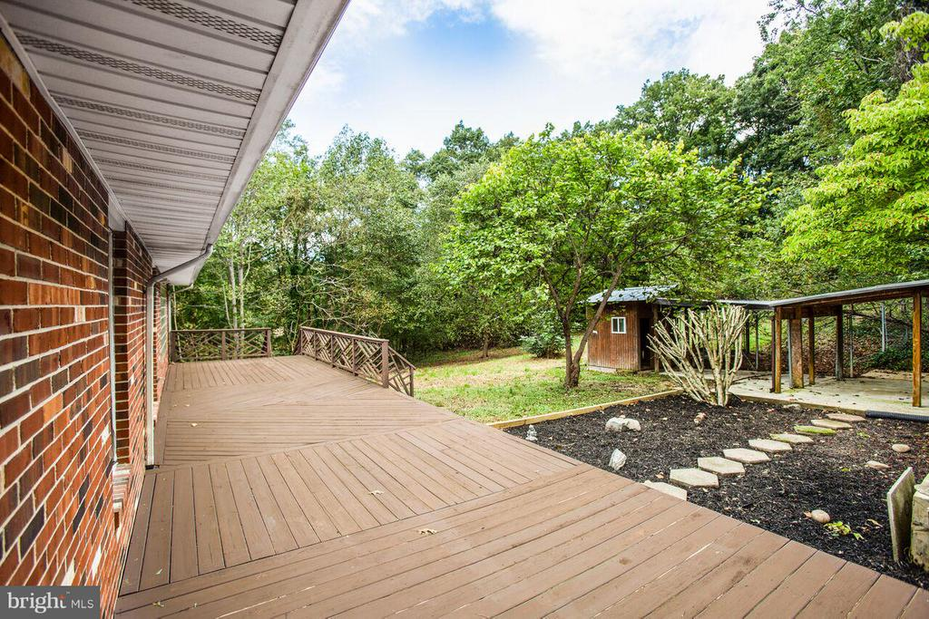 Rear Deck and yard - 240 SANDY RIDGE RD, FREDERICKSBURG