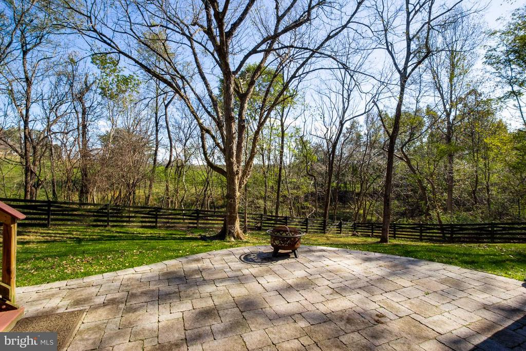 Patio - 20652 ST LOUIS RD, PURCELLVILLE