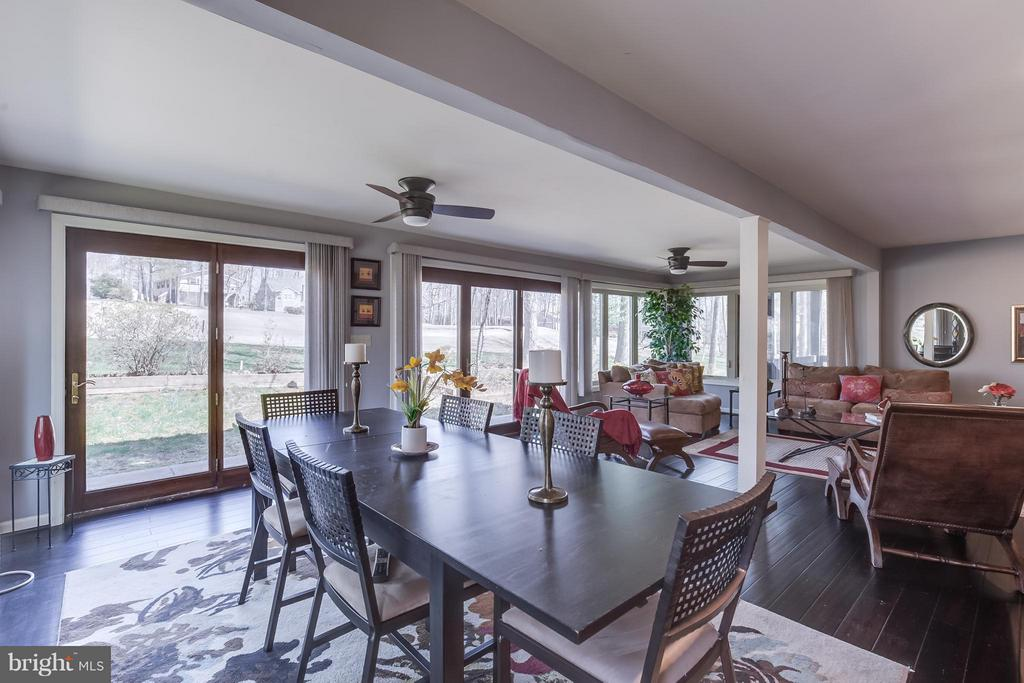 Dining Room - Open to Living Room - 110 SAND TRAP LN, LOCUST GROVE