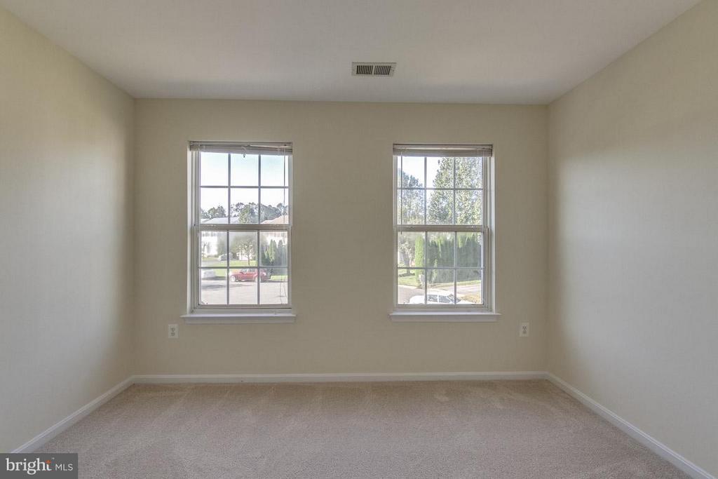 3rd Bedroom - 13823 REGAL CT, WOODBRIDGE