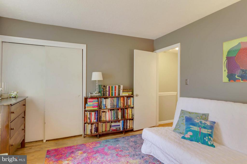 First Bedroom - 8317 KINGSGATE RD #517, SPRINGFIELD