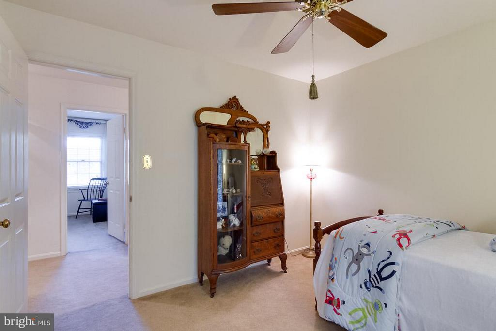 2nd Bedroom - 15698 BEACON CT, DUMFRIES