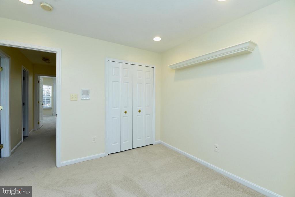 Bedroom 1 - 43172 LAWNSBERRY SQ, ASHBURN