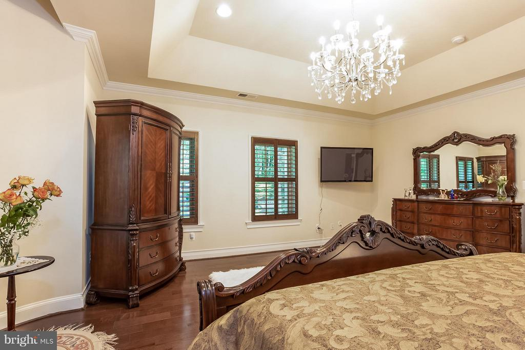 Master Bedroom - 4708 MONTGOMERY ST, ANNANDALE
