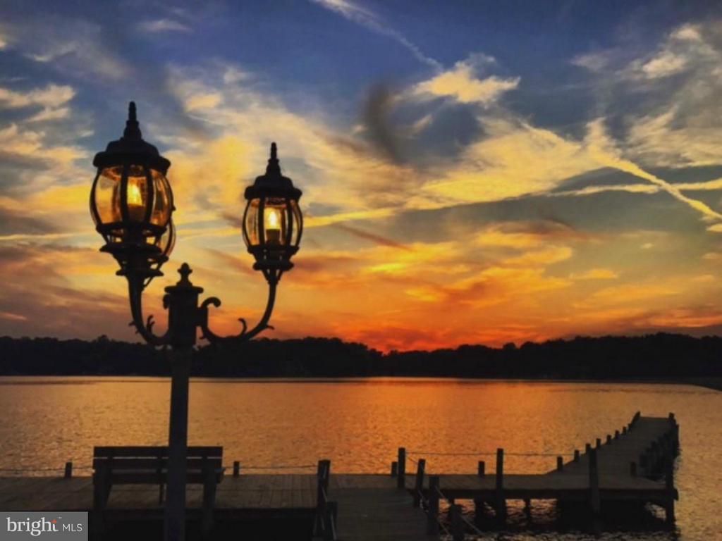 Where beauty can be found, sun up to sun down - 542 HARRISON CIR, LOCUST GROVE