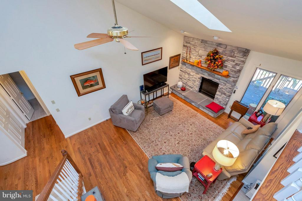 The extra details put into this home set it apart - 542 HARRISON CIR, LOCUST GROVE