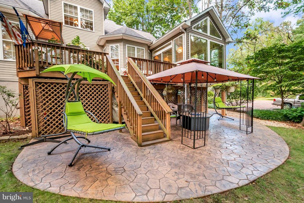 Can you imagine! Perfect for entertaining! - 100 TYLER TRL, LOCUST GROVE