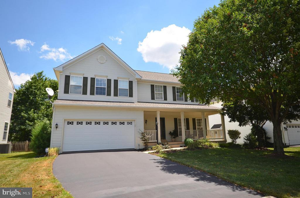 Great 4BR, 3.5BA in the Heart of Ashburn - 20532 DEERWATCH PL, ASHBURN