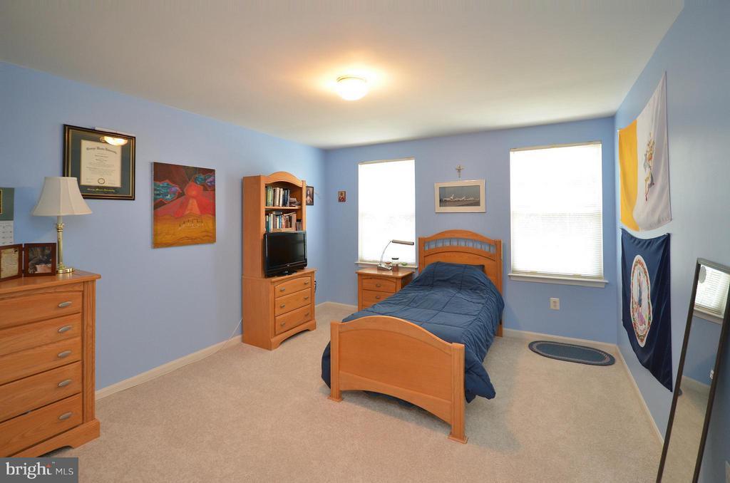 Bedroom 2 - 20532 DEERWATCH PL, ASHBURN