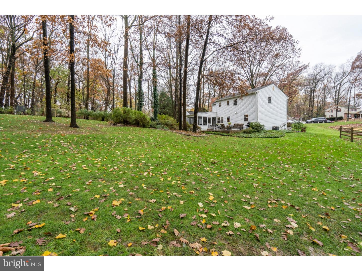Photo of home for sale at 15 Oak Hill Circle, Malvern PA