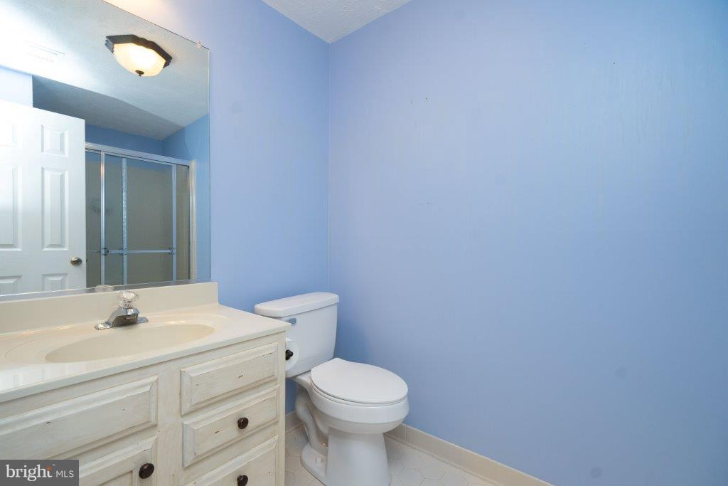 Another bathroom - 44011 NW CHOPTANK TER, ASHBURN