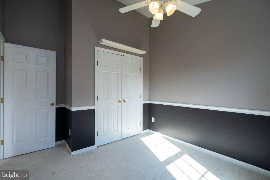 different view of 2nd bedroom - 44011 NW CHOPTANK TER, ASHBURN