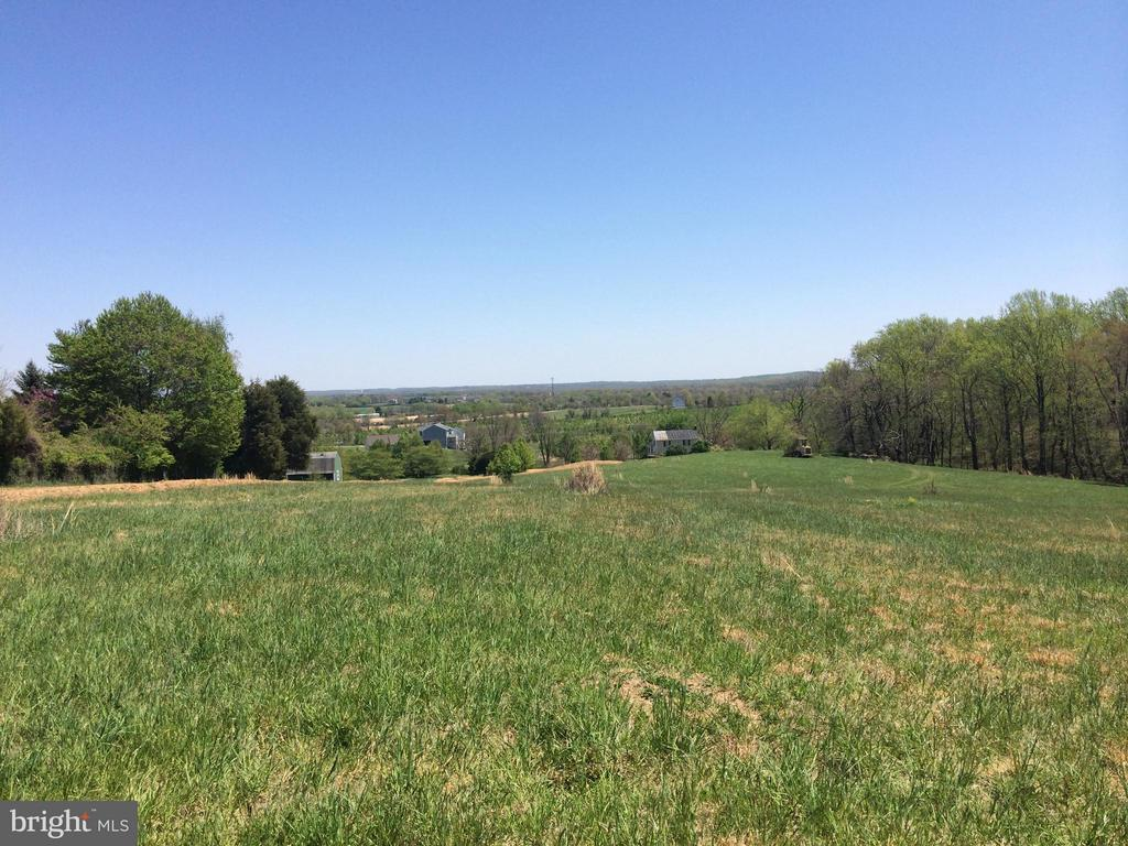 Great views - 1 JACOBS HILL COURT, LEESBURG