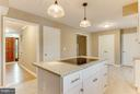 Kitchen w large pantry! - 15902 DOLPHIN DR, DUMFRIES