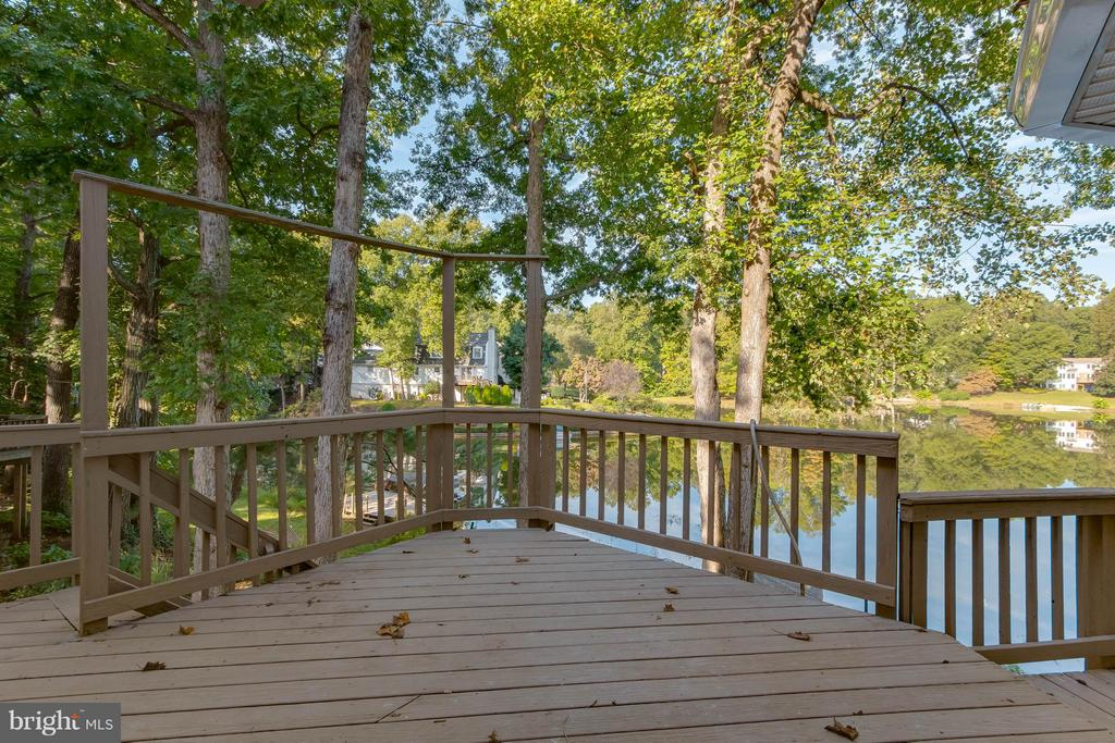 Beautiful view from deck overlooking lake! - 15902 DOLPHIN DR, DUMFRIES