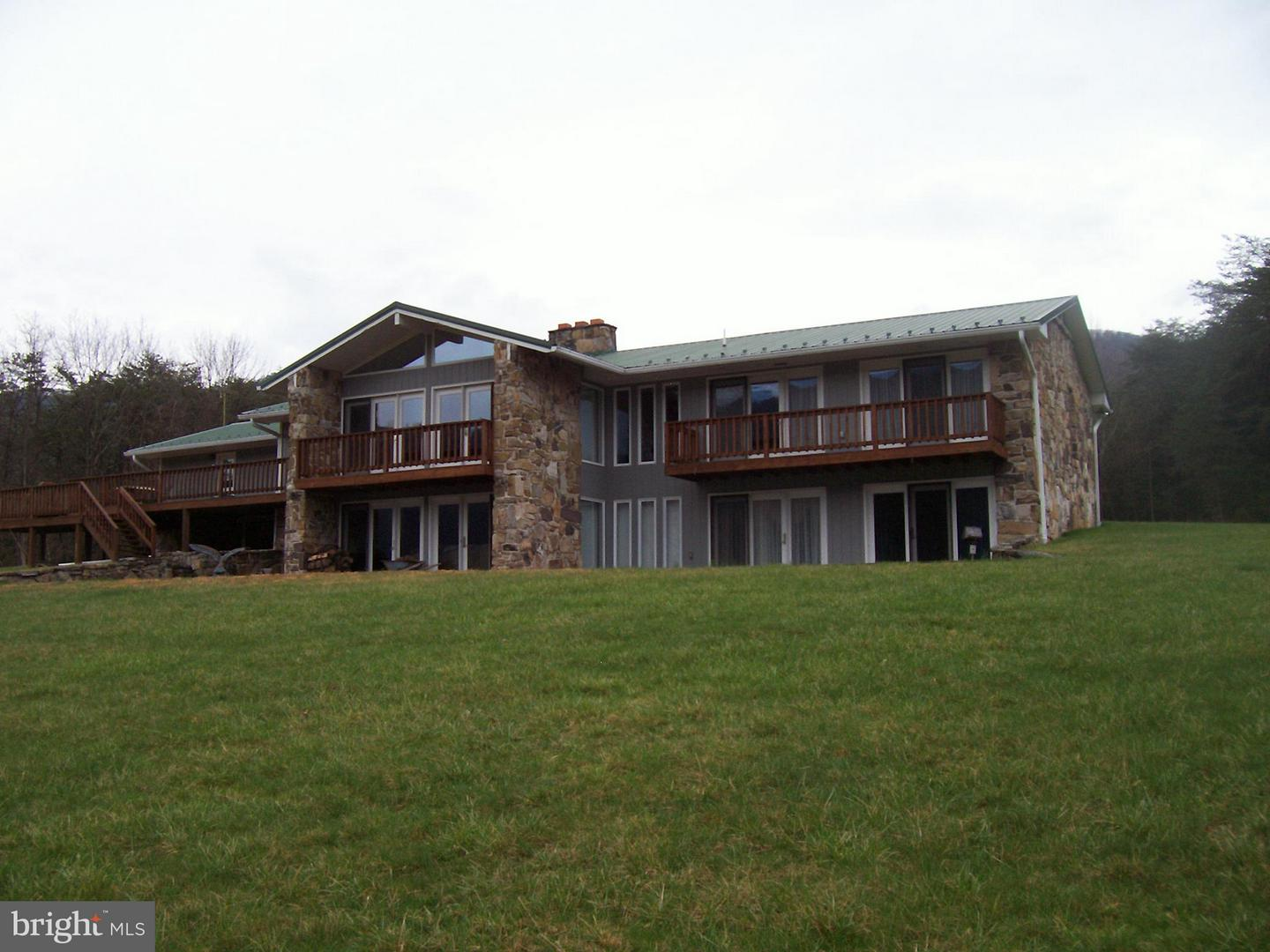 Single Family for Sale at 451 Bass Ln Moorefield, West Virginia 26836 United States