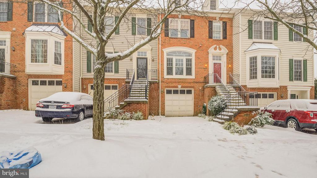 MLS LO10374785 in SOUTH RIDING