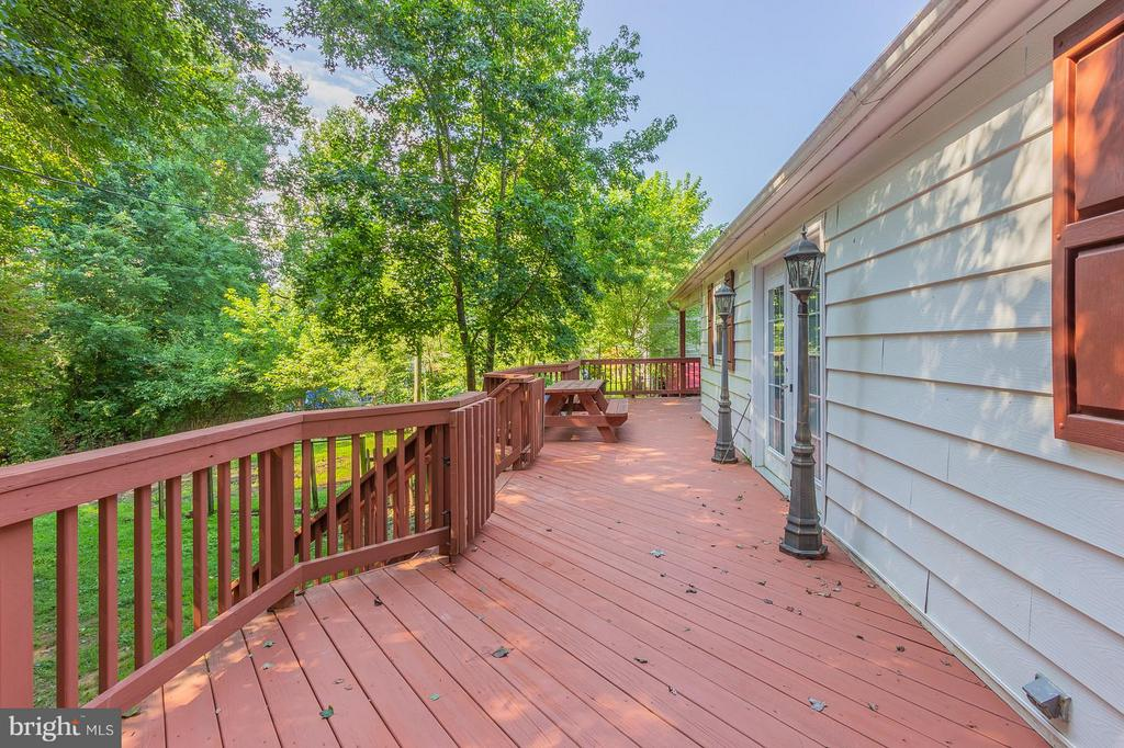 Great Space For Entertaining - 181 ELEY RD, FREDERICKSBURG