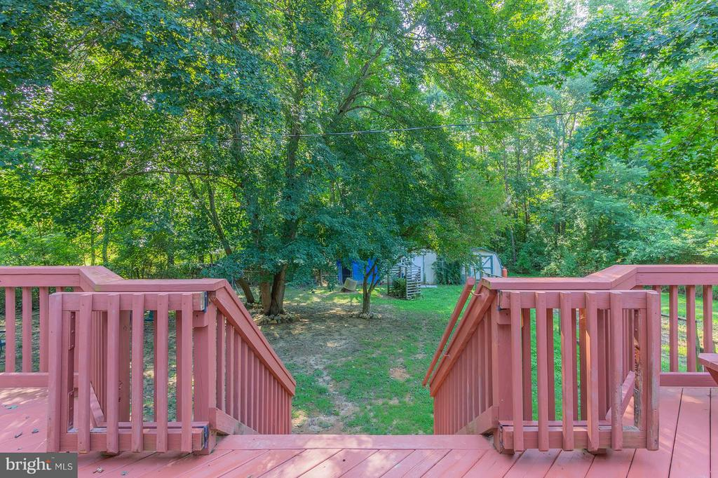 Large Fenced Back Yard - 181 ELEY RD, FREDERICKSBURG