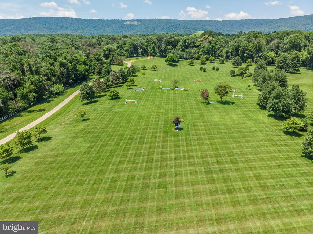 Lush Grand Prix Field with Irrigation - 33542 NEWSTEAD LN, UPPERVILLE