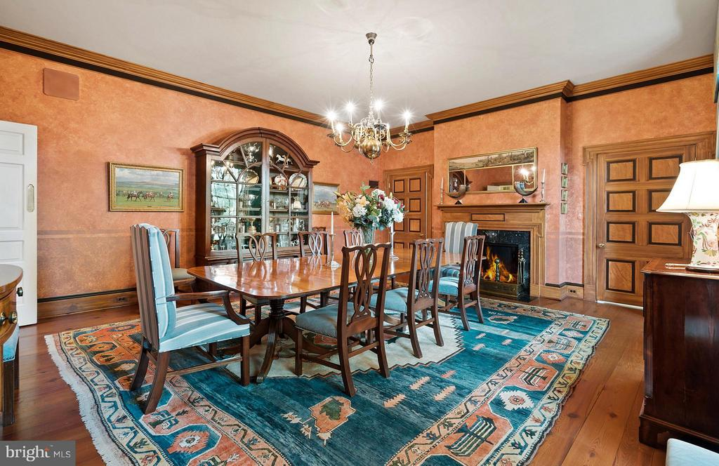 The spacious Formal Dining Room with pine floors. - 33542 NEWSTEAD LN, UPPERVILLE