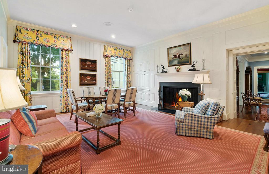 Cozy Keeping Room off Kitchen. - 33542 NEWSTEAD LN, UPPERVILLE