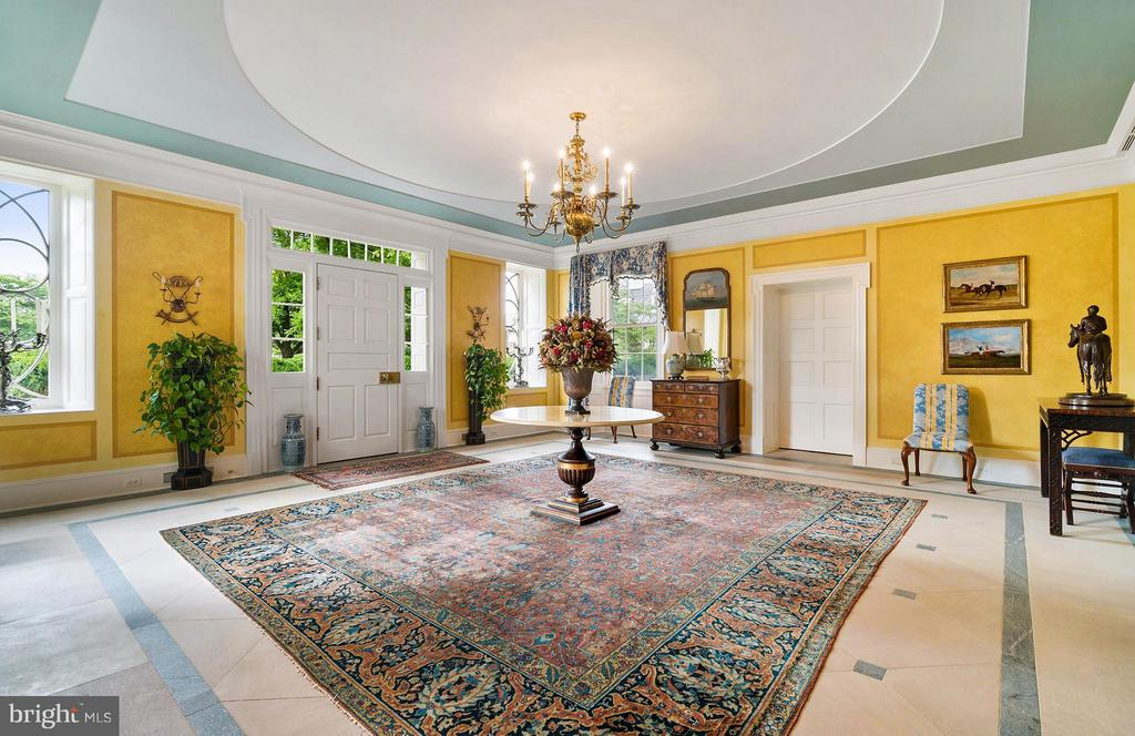Gracious foyer with inlaid soapstone floors. - 33542 NEWSTEAD LN, UPPERVILLE