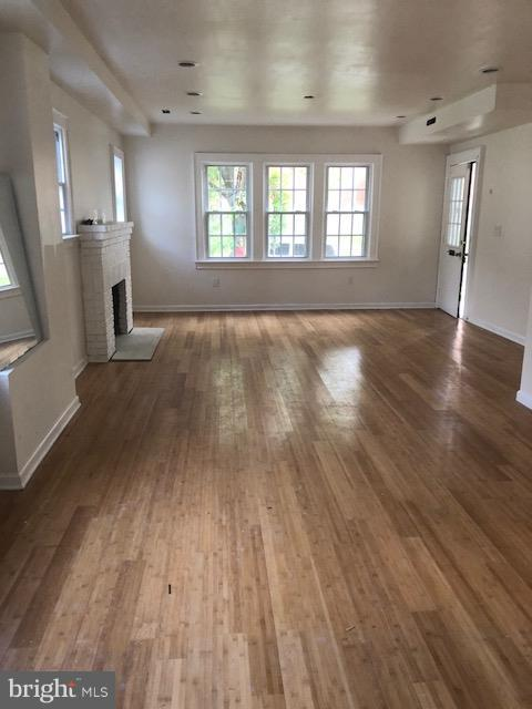LIVING ROOM - 123 PEABODY ST NW, WASHINGTON