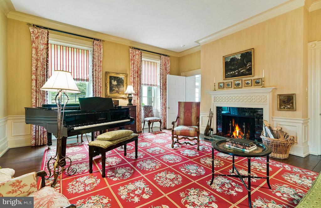 The Music Room is in the oldest part of the home. - 33542 NEWSTEAD LN, UPPERVILLE