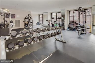 Wonderful Fitness Room overllooking Pool - 1600 CLARENDON BLVD #W108, ARLINGTON