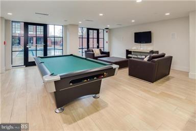 Entertainment Room with Kitchen, Bathroom, Billard - 1600 CLARENDON BLVD #W108, ARLINGTON